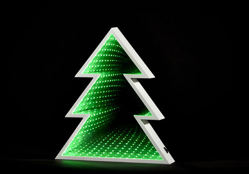 Plastic infinity tree green SMD